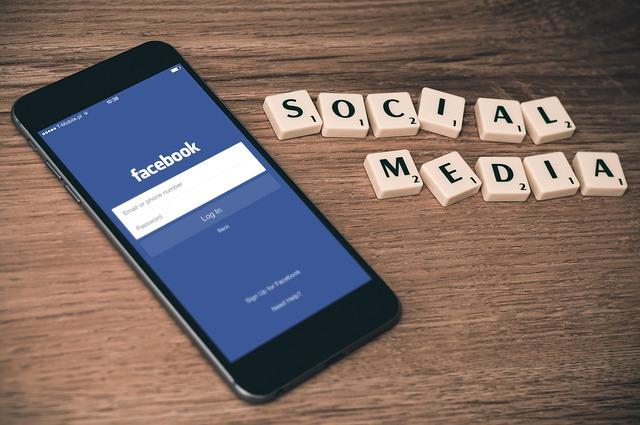 Social Media Facebook Safety Tips in Hindi